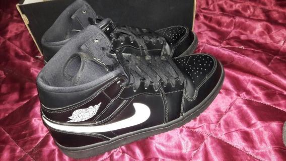 Zapatilla Nike Jordan Retro 1 Mid