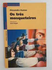 Livro Os Três Mosqueteiros - Alexandre Dumas