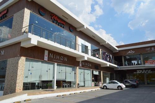 Local Comercial En Plaza Coronado Sobre Av. Avila Camacho