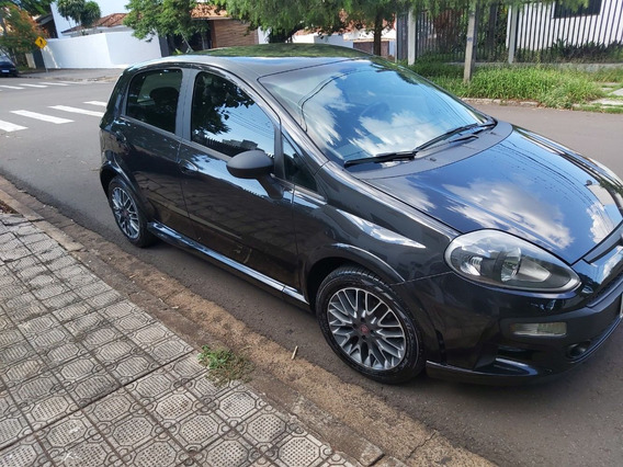 Fiat Punto Blackmotion 1.8 E.torq Manual Flex- Preto - 2014