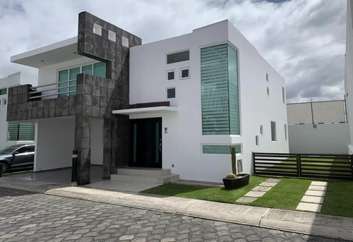 Imagen 1 de 30 de Casa En Condominio - Metepec