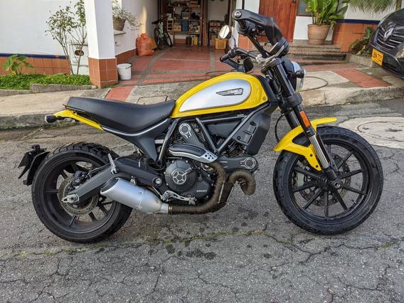 Ducati Scrambler Icon 2017 Amarilla O Cambio Por Yamaha Nmax