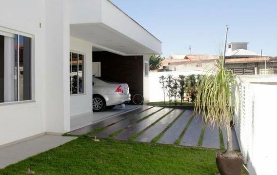 Casa No Centro Da Palhoça Com 3 Dorm. Suíte, Closet, Piscina. - Ca2489