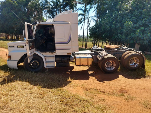 Caminhão 113 Trucado