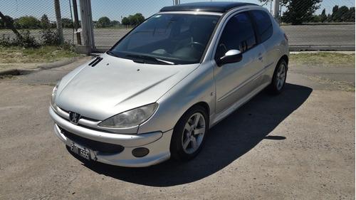 Peugeot 206 2005 1.6 Quiksilver