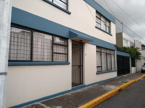 Imagen 1 de 14 de Excelente Casa Ubicada En Educación