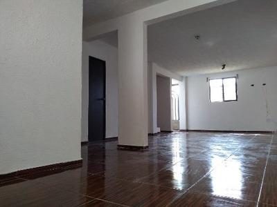 Casa Económica Recién Remodelada A La Venta En San Lorenzo Tepaltitlán, Toluca