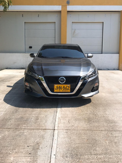 Nissan Altima Exclusive 2.0 Turbo Tope De Gamma