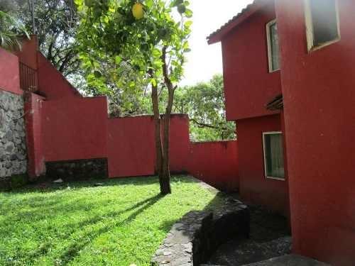 Casa En Venta En Palmira, Cuernavaca Morelos.