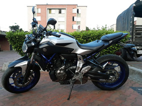 Mt07 Race Blue 2015