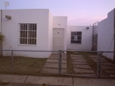 Venta De Casa Nueva En Arenal Con 3 Recámaras Sala, Comedor