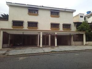 Apartamentos En Venta Trigal Norte Carabobo 20-2072 Jcs