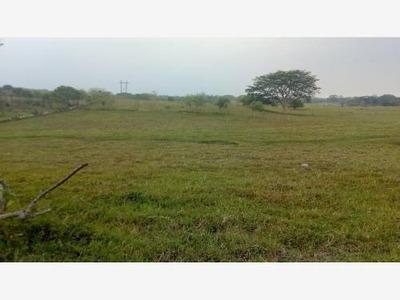 Terreno En Venta Ria Coronel Traconis 2da Secc.