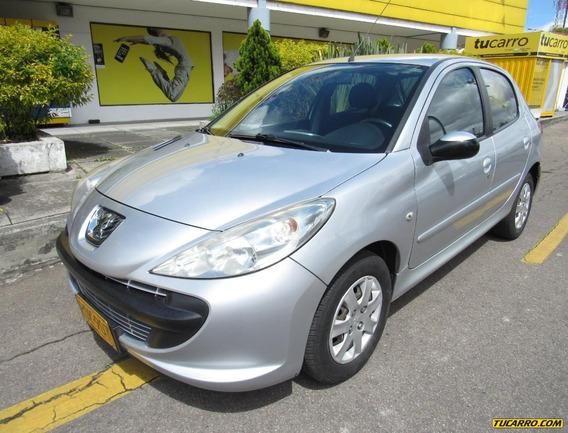 Peugeot 207 Compact 1.4 Mt 5pts Aa