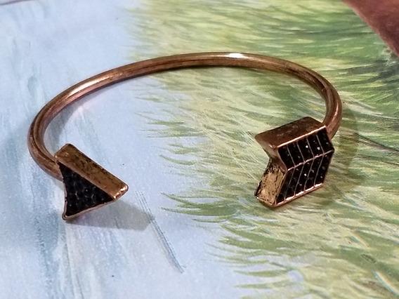 Pulseira Bracelete Dourado Rosado - Flecha + Strass Preto