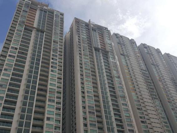 San Francisco Amplio Apartamento En Venta Panama