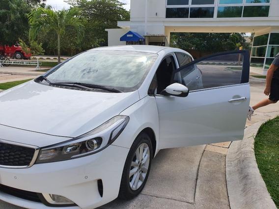Venta Auto Kia Forte Hatchback 2018