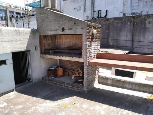 Oportunidad Casa De Altos 4 Dormitorios 2 Baños, Terraza De Uso Exclusivo Con Parrillero.