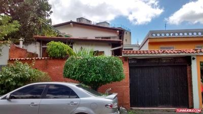 Casas En Venta En Los Chorros Zt 180