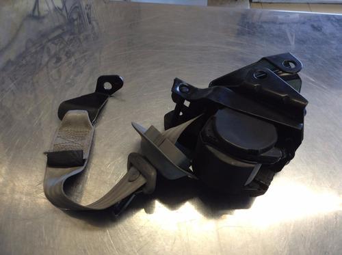 Cinturon De Seguridad Trasero Derecho Vw Pointer 00-04