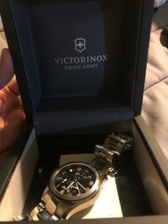 Reloj Victorinox Swiss Army Men