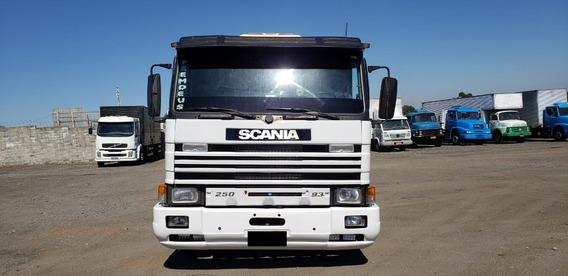 Scania P93 6x2 1997/98 Branco (8456)