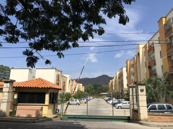 59 M2 Venta De Apartamento En Conjunto Resid Valles Del Noga