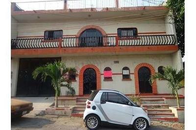 Casa En Venta En 19 Sur Oriente 145, Col. Centro.