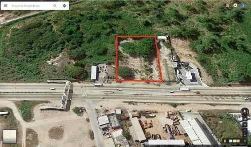 Terreno En Renta Sobre Carretera 200 A La Altura Del Tondoroque, Ideal Para Plaza, Hoteles, Restaurant, Etc