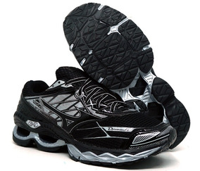 Tênis Mizuno Wave Creation 20