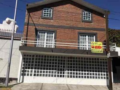 Se Vende Casa Amplia Para Oficinas Prados Agua Azul