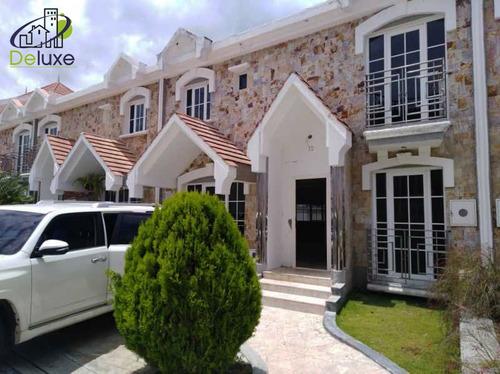 Imagen 1 de 14 de Townhouse Villas Monserrat, Zumba