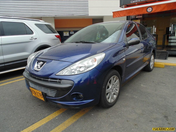 Peugeot 207 Compact 1.6 At
