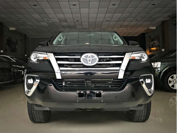 Toyota Hilux Sw4 Srx 4x4 2.8 7l Diesel. Preta 2018/19