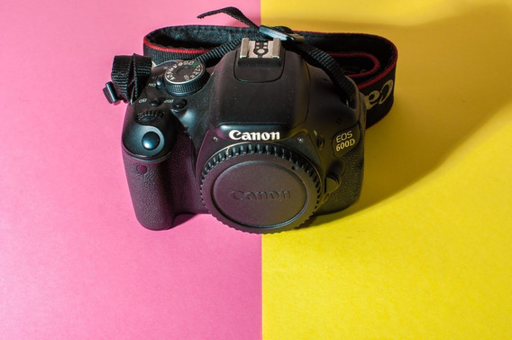 Canon Eos 600d T3i 37k Clicks + Grip + 3 Baterias + 18-55mm