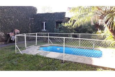 Casa 4 Ambs Con Garaje, Jardín, Pileta Y Fondo Lib