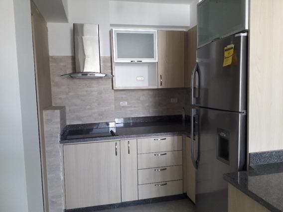 Apartamento En Valle De Camoruco, Puerto Alegre. Foa-687