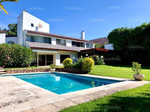 Imagen 1 de 30 de Espléndida Casa De Tres Dormitorios Y Piscina En Rincon Del Indio Punta Del Este- Ref: 28569
