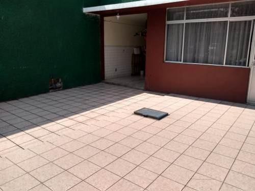 Se Vende Casa A 5 Minutos De Parque Tezontle , A Dos Calles De El Metro Agricola Oriental