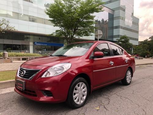 Nissan Versa Modelo 2012
