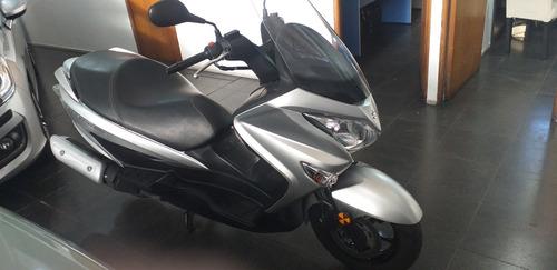 Imagen 1 de 9 de Suzuki Burgman 200