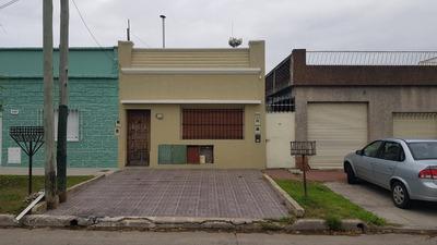 Venta De Depto Tipo Casa 1 Habitacion Divisible, 2 Baños