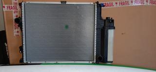 Radiador De Bmw 316i 318i 320i 323i 90/99 Con Deposito