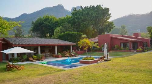 Casas Tepoztlán - Bienes Raíces - Casa Tres Ciruelos