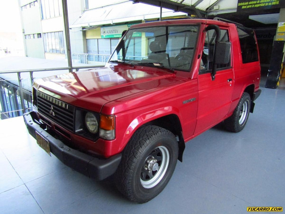 Mitsubishi Montero Standar