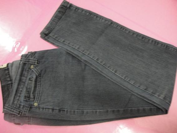 Triton - Calça Jeans - Tam 40 - Usada