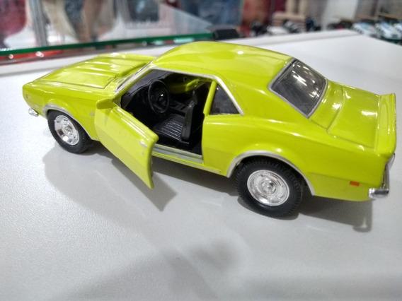 Miniatura Camaro Amarelo 1968 Escala 1/32