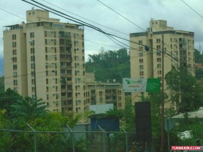 Apartamentos En Venta- Mls 18-406