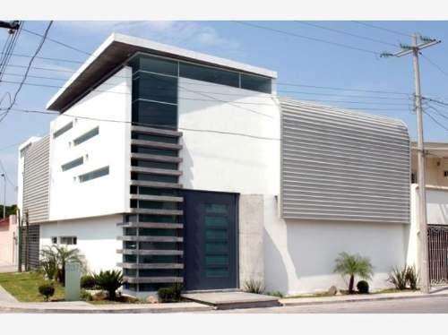 Casa Sola En Venta Zona Residencial (cerca De Esmeralda Norte)
