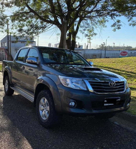 Toyota Hilux 3.0 Cd Srv Cuero Tdi 171cv 4x4 - E4 2015